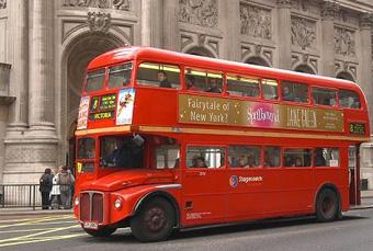 Bus londonien angleterre rouge